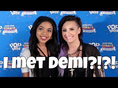I MET Demi Lovato?!?