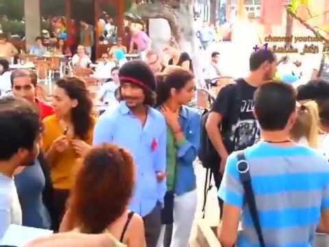 Un homme attaque les organisateurs du Kiss in à Rabat  12 10 2013