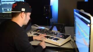 "Beatmaking Video x ""Work It"" - Making a Dancehall Riddim R&B Beat (Robin Wesley In The Studio)"