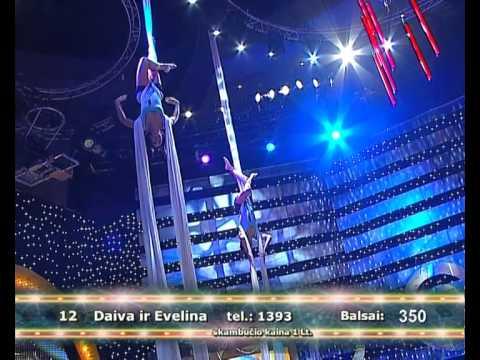 2011-12-30 - Daiva ir Evelina @ 2 minutės šlovės
