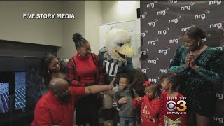 2,000 Families Surprised With School Scholarship During Disguised Holiday Party