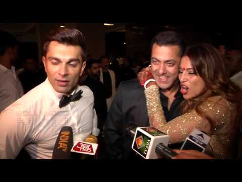 Salman Khan-Bipasha Basu FLIRTS, Karan Singh Grover Laughs! | Wedding Reception