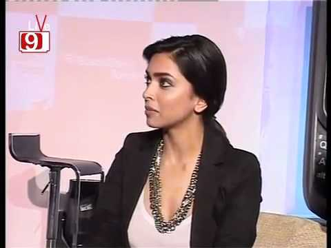 YouTube Sensuous Deepika Padukone Cries For Ranbir Kapoor!!