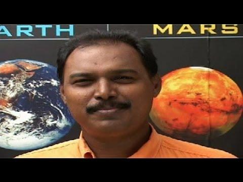 Town News M Kathiraven anchored educational program Vaan Veli Vinthaigal produced by Punnagai