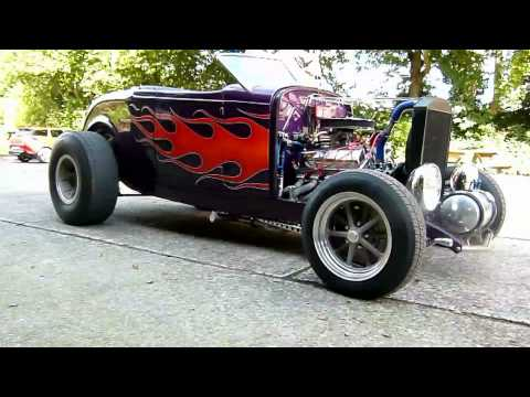 32 Ford Roadster - 1932 Deuce Roadser with 351 Cleveland stroker 393C - USA Engines BV -