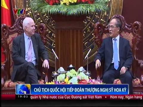 U.S. Senators John McCain and Sheldon Whitehouse Meets with Vietnamese Leaders