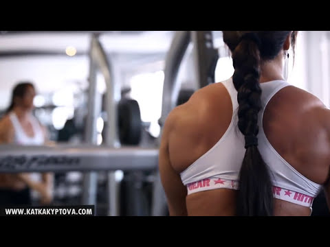 Katka Kyptova - Shoulders workout