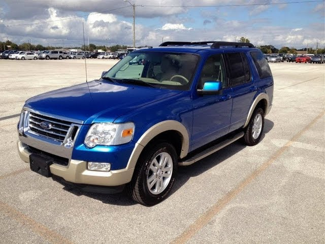2010 Ford Explorer Eddie Bauer 4x4 V6 Start Up, Quick Tour, & Rev With Exhaust View - 32K