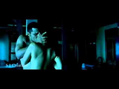 Sunny Leone hot kissing enjoying with her boyfriend must watch...