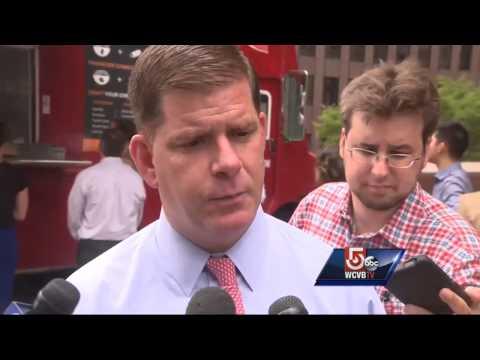 Boston Mayor Marty Walsh to meet pope next week
