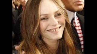 Watch Vanessa Paradis L