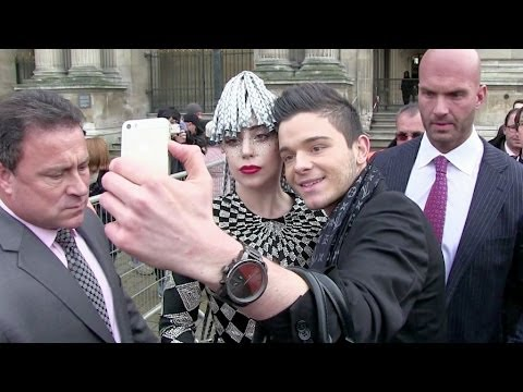 EXCLUSIVE: Lady Gaga visiting the Louvre in Paris - Part 2