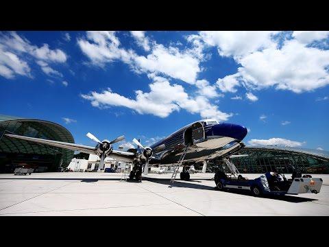 Daniel Ricciardo & Max Verstappen's day out at Hangar 7