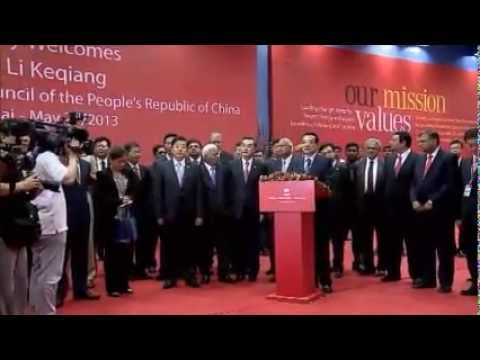 Li Keqiang, Premier of the People's Republic of China, engages with the Tata group in Mumbai