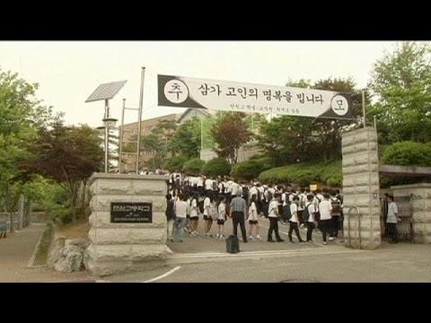 South Korea ferry disaster survivors return to school