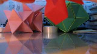 Origami Christmas Decoration - Folding The Model