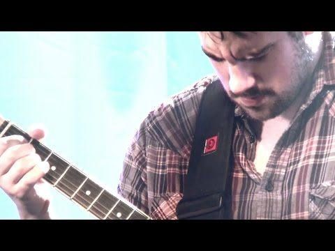 The Flashbulb - The Basement Guitarist