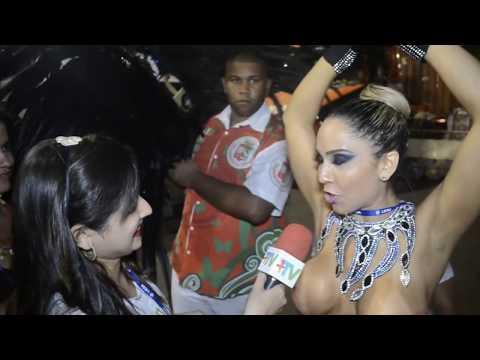 Carnaval 2014: Mulher Melão desfila só de tapa sexo e peitos de fora na Grande Rio