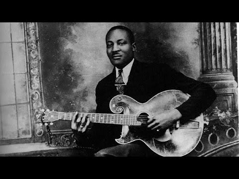 Blues Guitar Lessons In Chicago Style - Big Bill Broonzy - Key To The Highway