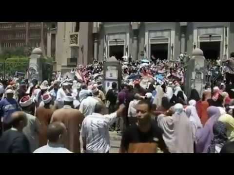 Anger Fills Streets in Cairo as Women Supporting Mursi Stage