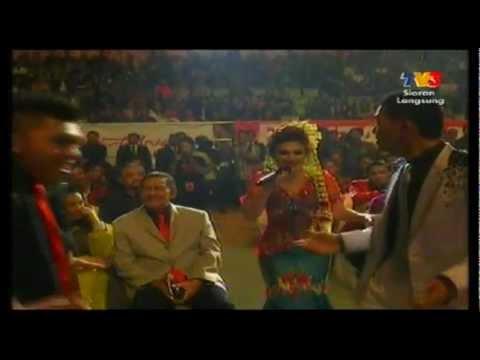 MTV Mas Idayu - Senggol Senggolan (Anugerah Bintang Popular Berita Harian 25)