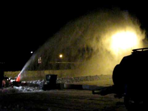 Ariens snowblower / thrower 1130DLE in action!  The best!