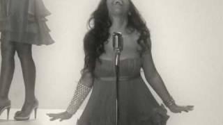 Melanie Fiona - You Stop My Heart Valentines Day Version