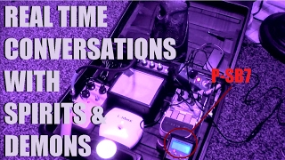 TALKING TO INTELLIGENT GHOSTS (in my house!) EPIC Spirit Box Session (((EPIC)))