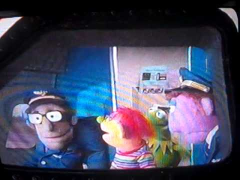 muppet sing alongs things that fly youtube