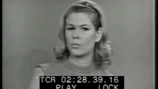 Elizabeth Montgomery talk show interview from 1966