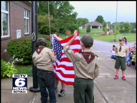 Boy Scouts raise flag at Monteagle Elementary School