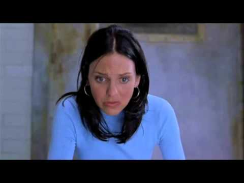 [ SCARY MOVIE 2 ] Cindy is giving a handjob to Buddy thumbnail