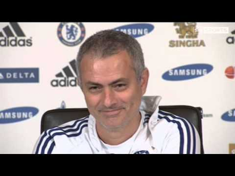 Mourinho not ruling United out