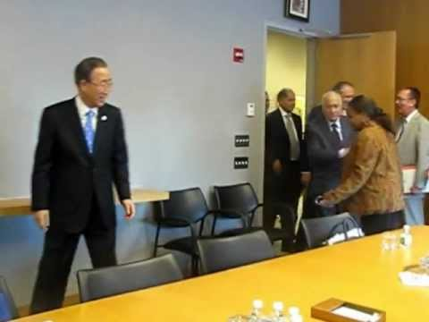 UN's Ban Ki-moon Meets Nebil Elaraby of Arab League, Tale of 2 Photo-Ops, with Roed-Larsen