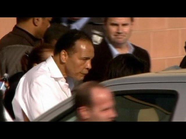 Boxe: Muhammad Ali internado com uma pneumonia ligeira