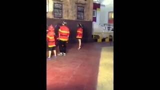 [FANCAM] Yến Trang -Hậu trường Bước nhảy hoàn vũ Nhí
