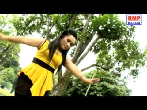 Lagu Batak Terbaru 2014 - (lidya Tambunan - Kartu Merah (album Goyang Boru Toba)) video