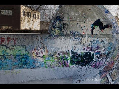 Skate Invaders - Hoofing around - Eric Jensen