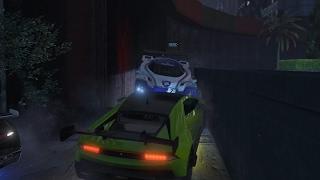 IK BEUK JE TEGEN DE RAND! (GTA V Online Funny Races)
