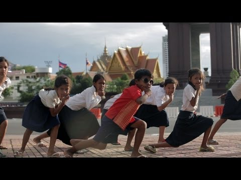 Cambodian Gangnam Style parody by 160 kids from a slum of Phnom Penh