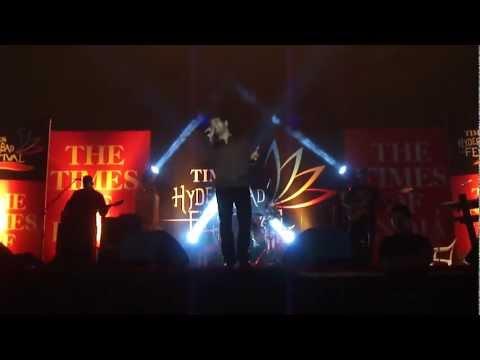 Zara Si Dil Mein De Jagah Tu.mp4, Kk's Live Show In Hyderabad video