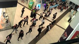 download lagu Oppa Gangnam Flash Mob Jcube Singapore gratis