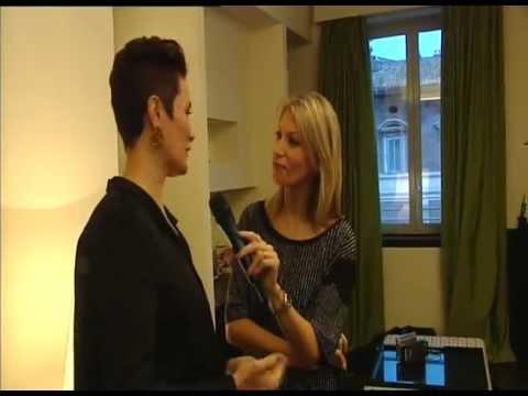 Rosanna Cacio intervista Roberta Capua durante servizio fotografico