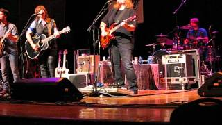 Watch Indigo Girls Go Go Go video