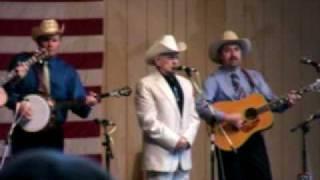 Watch Ralph Stanley Little Maggie video