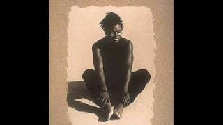Watch Tracy Chapman Matters Of The Heart video