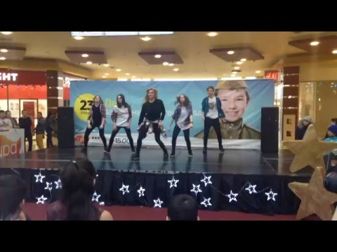 Уличные танцы/ Сургут / Танцующий Дом