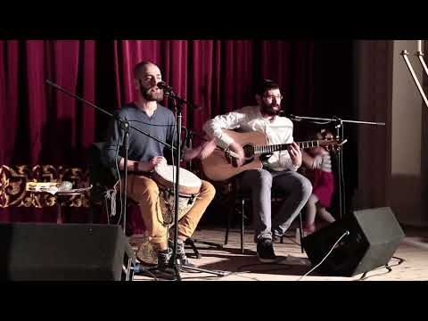"""""""Думай хорошо и всё будет хорошо"""" - поет Пинхас Цинман, еврейский певец из Белорусии"""