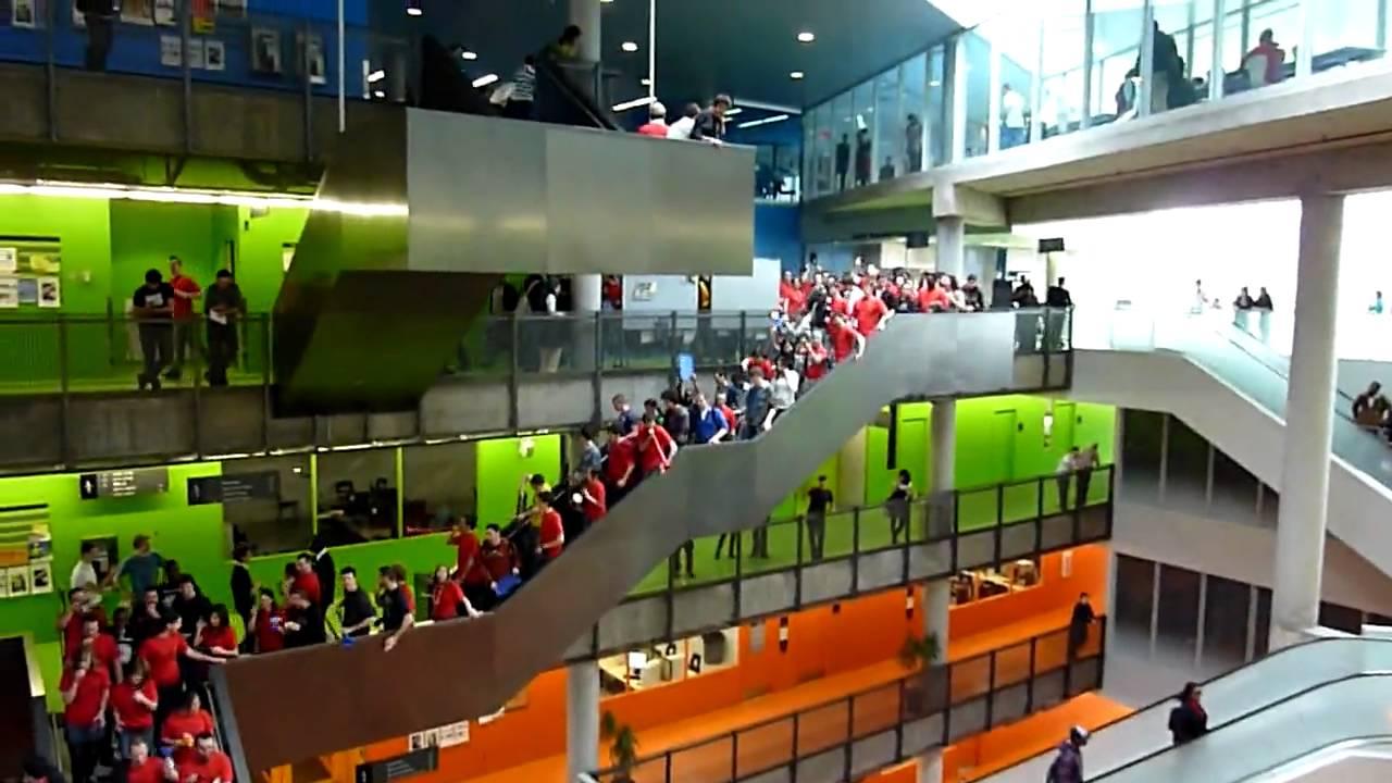 Ecole Polytechnique De Montreal Hiver 2010 Youtube