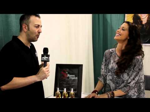 Shannon Elizabeth Exclusive Interview at Comic Con Philadelphia 2012
